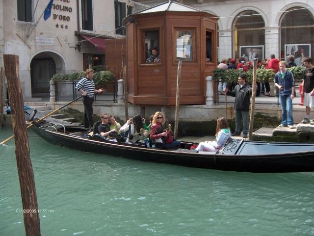 Venice Gondola Ride (100E)